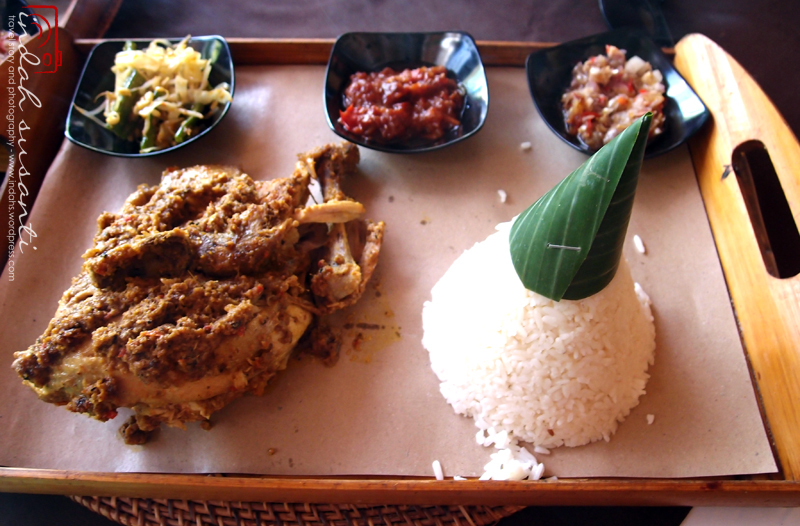 Ayam Betutu with white rice and sambal