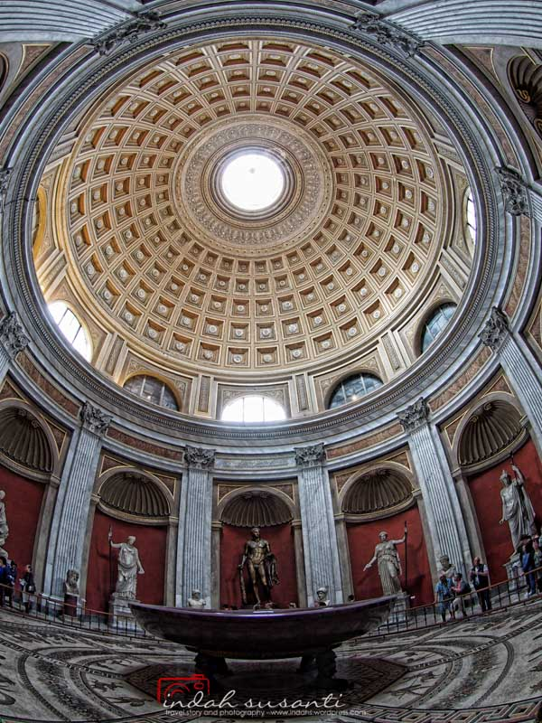 Vatican Museums - Sala Rotonda