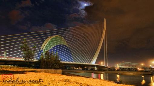 L'Àgora and Assut de l'Or Bridge