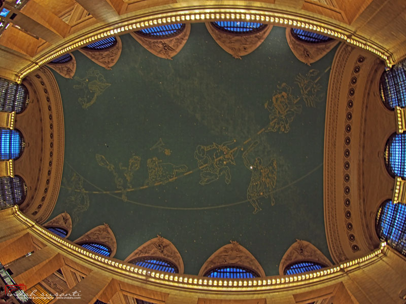 Its ceiling represents the constellations of the zodiac