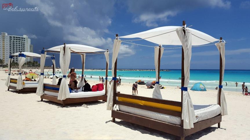 Cancun Beach Pictures